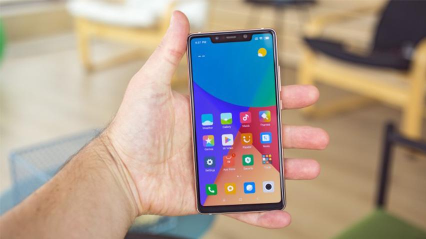 Xiaomi Mi 8 SE Geniş İncelemesi