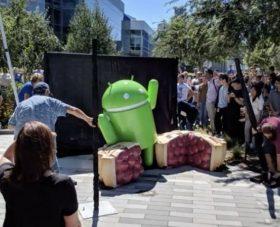 Google Android Pie Heykelini Gösterdi