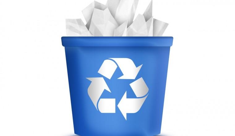Geri Dönüşüm Kutusundaki Çöpleri Temizleme
